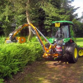 T430D Hedge Cutter 4.4m Reach