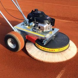 Westermann Honda GXV 160 Tennis Court Brush